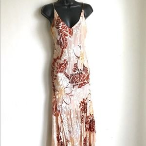 Morrell Maxi Beaded Floral Dress Flared Bottom